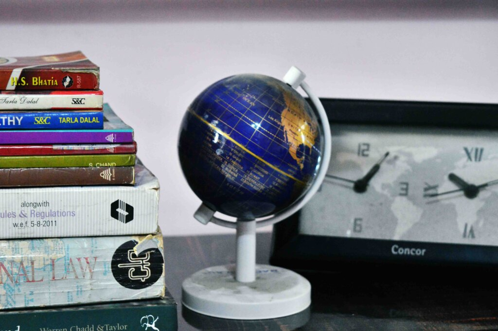 bookshelf design, wall bookshelf, book shelf, small bookshelf, wooden bookshelf, brown, steel,wall mount bookshelf, wall bookshelf design, bookshelf wall mounted, uttarakhand, roorkee, haridwar, dehradun, saharanpur, muzaffarnagar, shamli, meerut, delhi